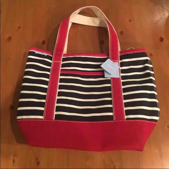 20 off lands 39 end handbags new with tags lands end stripe diaper bag from bee 39 s closet on. Black Bedroom Furniture Sets. Home Design Ideas