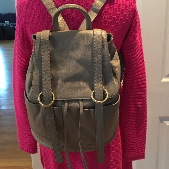 84% off ZENITH HANDBAGS Handbags - 💥SALE💥ZENITH HANDBAGS TAUPE ...