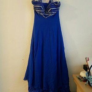 Alyce Paris Dresses & Skirts - Evening Gown