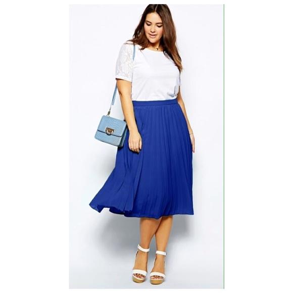 b418c11f7 ASOS Curve Dresses & Skirts - Asos Curve Pleated Midi Skirt 💕