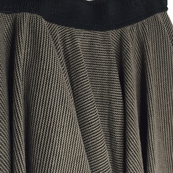 Nasty Gal Skirts - NWOT Nasty Gal Ark & Co. Pleated Skirt Mocha/Black