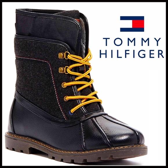 c8e1e2c43dc78 TOMMY HILFIGER DUCK BOOTS