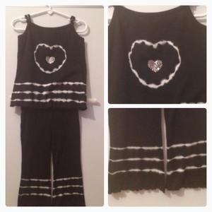 Ann Loren Other - Black heart Tie Dye set