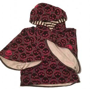 Unique Skull Poncho & Skirt set /NWOT•NEVER WORN🔺