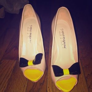 carlo pazolini Shoes - Nude shoe with a yellow heel and black bow