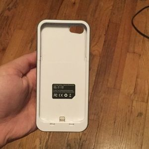 Accessories - Iphone 5/5s/5c charging case