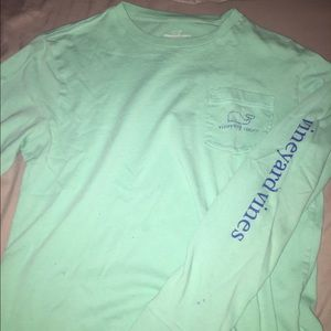Vineyard vines shirt (large in kids)