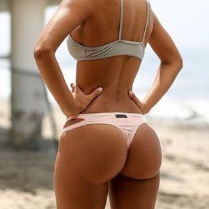 Brazilian booty masturbation photos 20