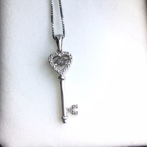 Kay Jewelers Jewelry Key To My Heart Necklace Poshmark