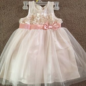 Other - 🎀🌸LIKE NEW GIRLS DRESS IN ALL OCCASSION💓