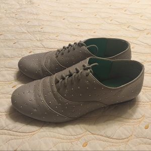 Shoes - Silver Microstud Oxfords