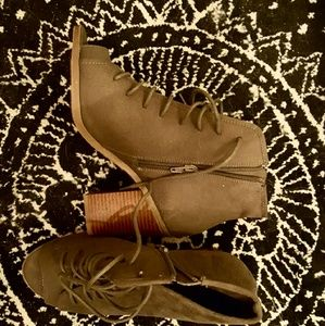 Shoes - Chunky heel peep toe shoes
