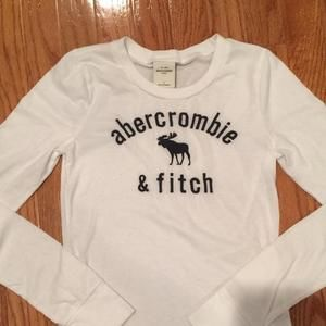 Abercrombie Kids Other - Abercrombie Kids white long sleeve T-Shirt...Navy stitched Abercrombie & Fitch on front. Large youth