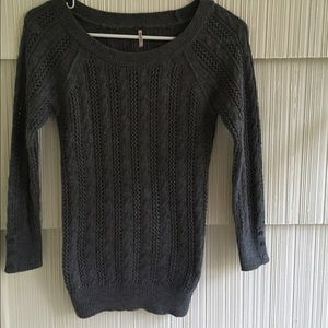 POOF! - gray cable knit sweater!