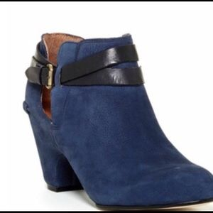 Blue suede ankle BOOTS! Corso Como 7.5m