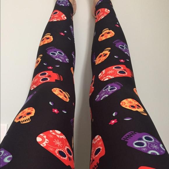 1201f959d3f9c3 LuLaRoe Other | New Skull Candy Halloween Legging Os | Poshmark