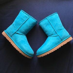 UGG Shoes - Nwt turquoise uggs.
