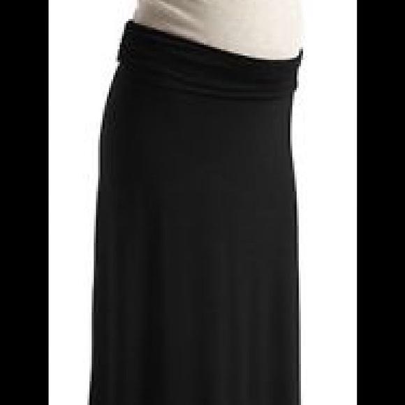 8620f10059e7b Black old navy maternity maxi skirt. M_58052740c6c79535f70045f5