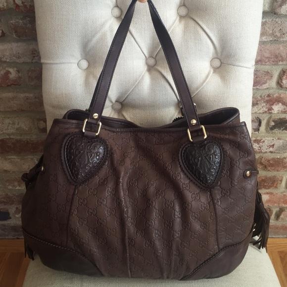 2d4a9be4c84 Gucci Handbags - Gucci Large Tribeca tote