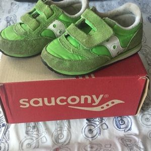 Saucony Other - Neon Green Saucony Boutique Sneakers Sz Toddler 8