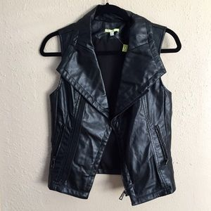 New! Gianni Bini Black Faux Leather Vest