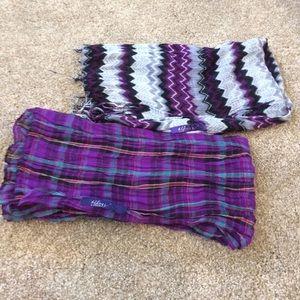 !SoRare: Miley Cyrus/Max Azria Bundle of 2 scarves