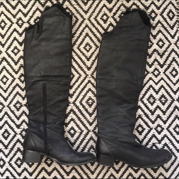 47040cbe52c Knee high leather & rabbit fur boots, size 39
