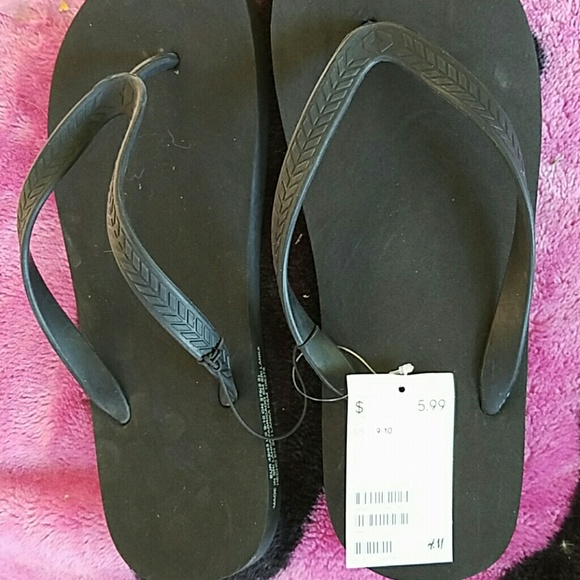 557ee83e9ae1 Brand new H M mens sandals