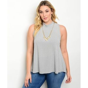 Tops - Plus Size BW Top With Necklace