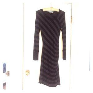 Three Dots Dresses & Skirts - Three Dots Long Sleeve Midi Jersey Dress