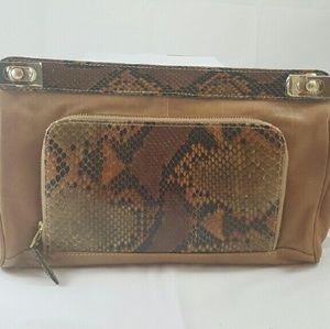 Be & D Handbags - 💥SALE💥LEATHER & SNAKESKIN CLUTCH ( BRAND NEW)