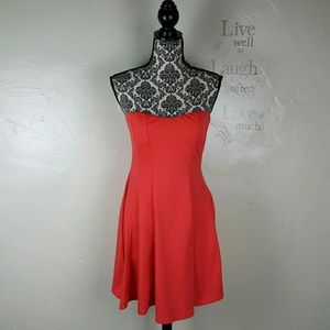 🌺 Coral Strapless Dress by Love J Size Large