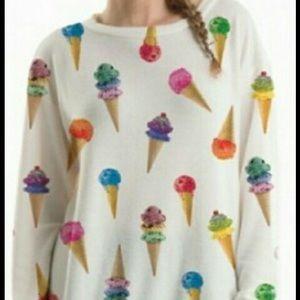 Fashionomics Tops - Ice Cream Top...oh so soft🍧🍧