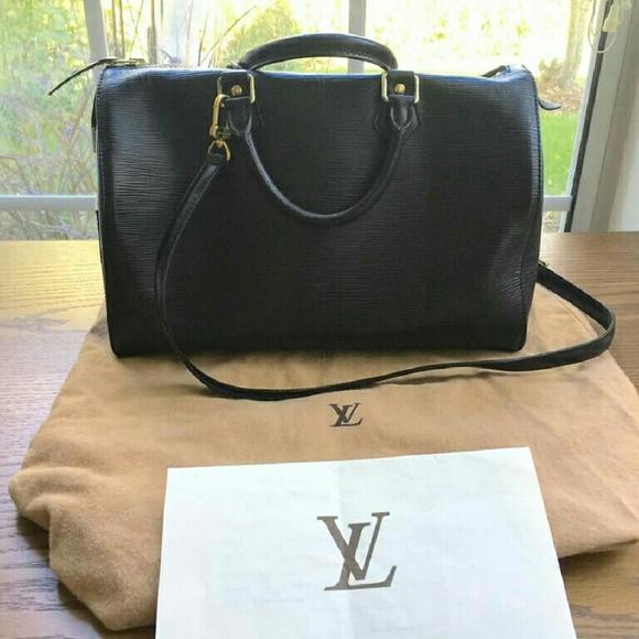 Louis Vuitton Handbags - LV speedy Epi Black purse size 30 a84944526f92
