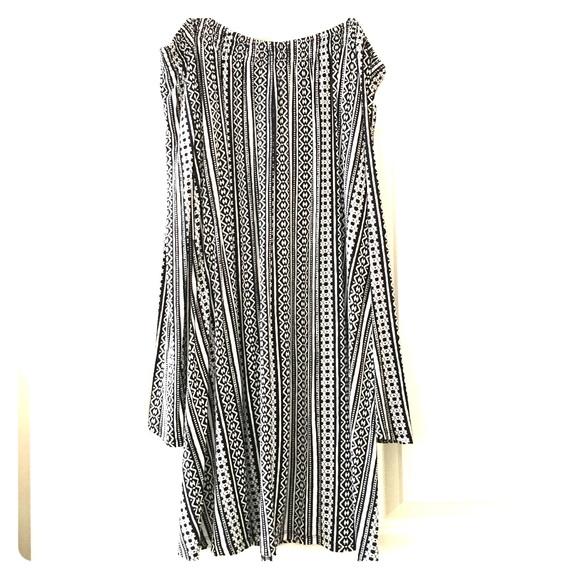 20f9192ec28c Express black and white off the shoulder dress