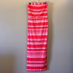 Splendid Dresses & Skirts - Strapless Splending dress with side slit