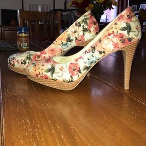 Christian Siriano Shoes - Floral platform heels