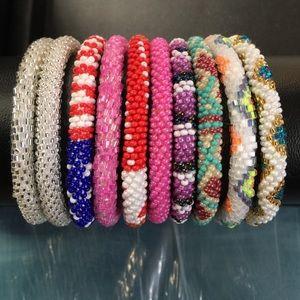 Jewelry - Bracelet glass headed N handmade