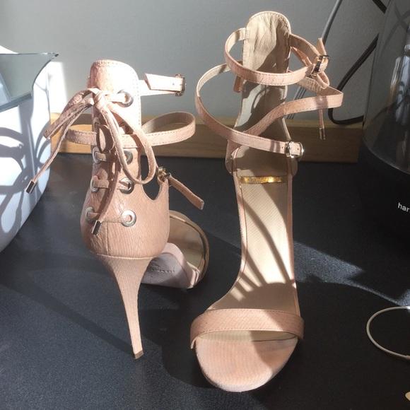 Guess Schuhes    Schuhes Marciano   Poshmark 1065e0