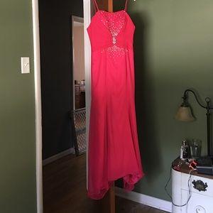 Elegant pink prom dress