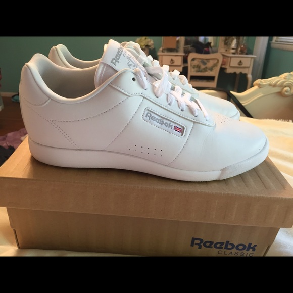 63 off reebok shoes reebok memory tech sneakers from. Black Bedroom Furniture Sets. Home Design Ideas