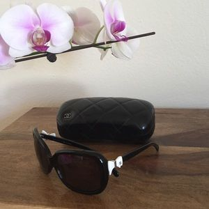 Chanel polarized sunglasses with white bows