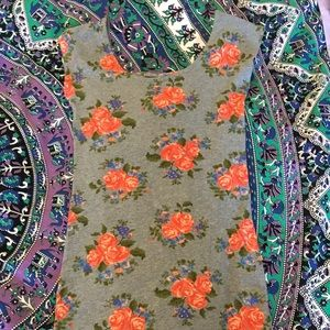 Heritage Dresses & Skirts - Gray tight floral dress