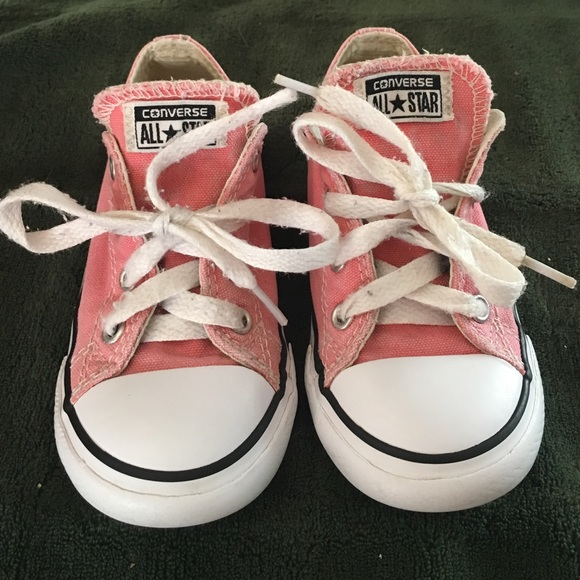 6715d4be7d5772 Converse Other - KIDS CONVERSE size 9 pink   white gently used