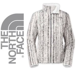 The North Face Jackets & Blazers - NEW!  The North Face Mossbud Swirl jacket