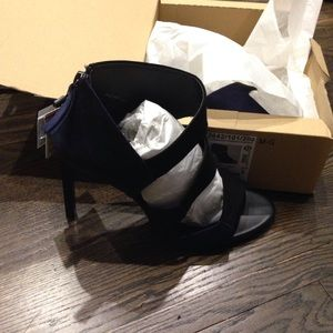 Zara Color blocked heels