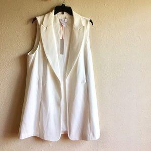ELLE Jackets & Blazers - Gorgeous Oversized Vest by ELLE size XL