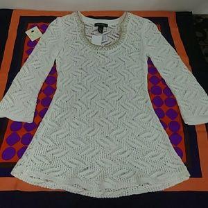 Black House White Market White Sweater Sz. XS