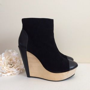 Messeca Shoes - NWT MESSECA Black Suede Claudia Ankle Boots SZ 8.5
