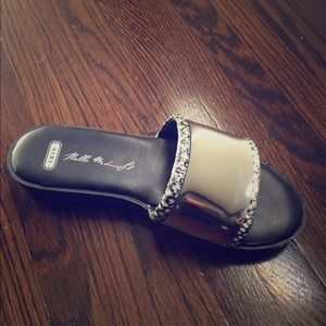 Skinny Tie Madness Shoes - Sk || sandals